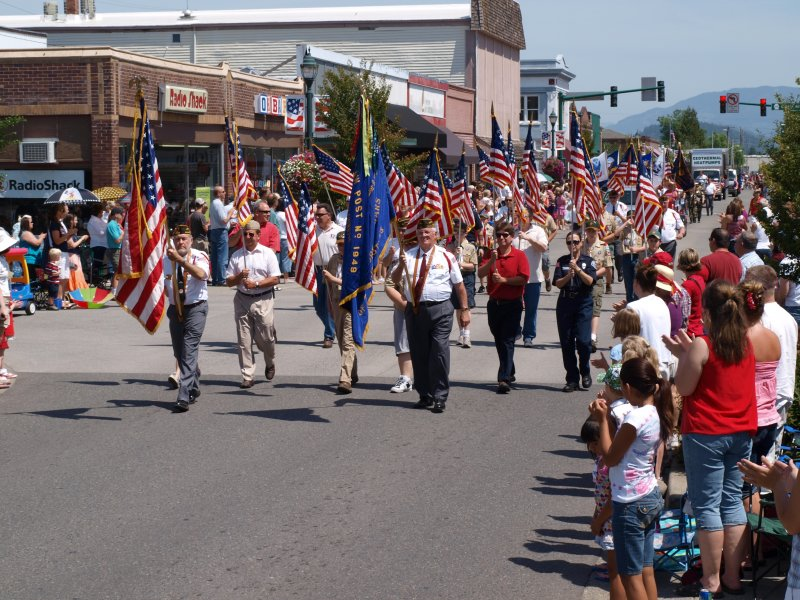 stars-and-stripes-parade-1
