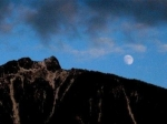 north-bend-moon-over-mt-si